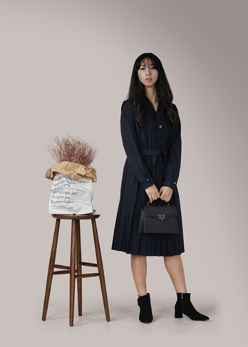 [7196 label] navy wool pleats dress