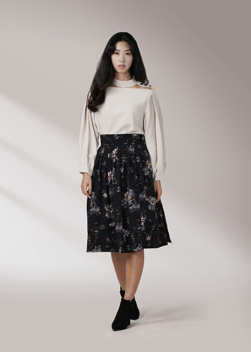 [7196 label] black wrap skirt